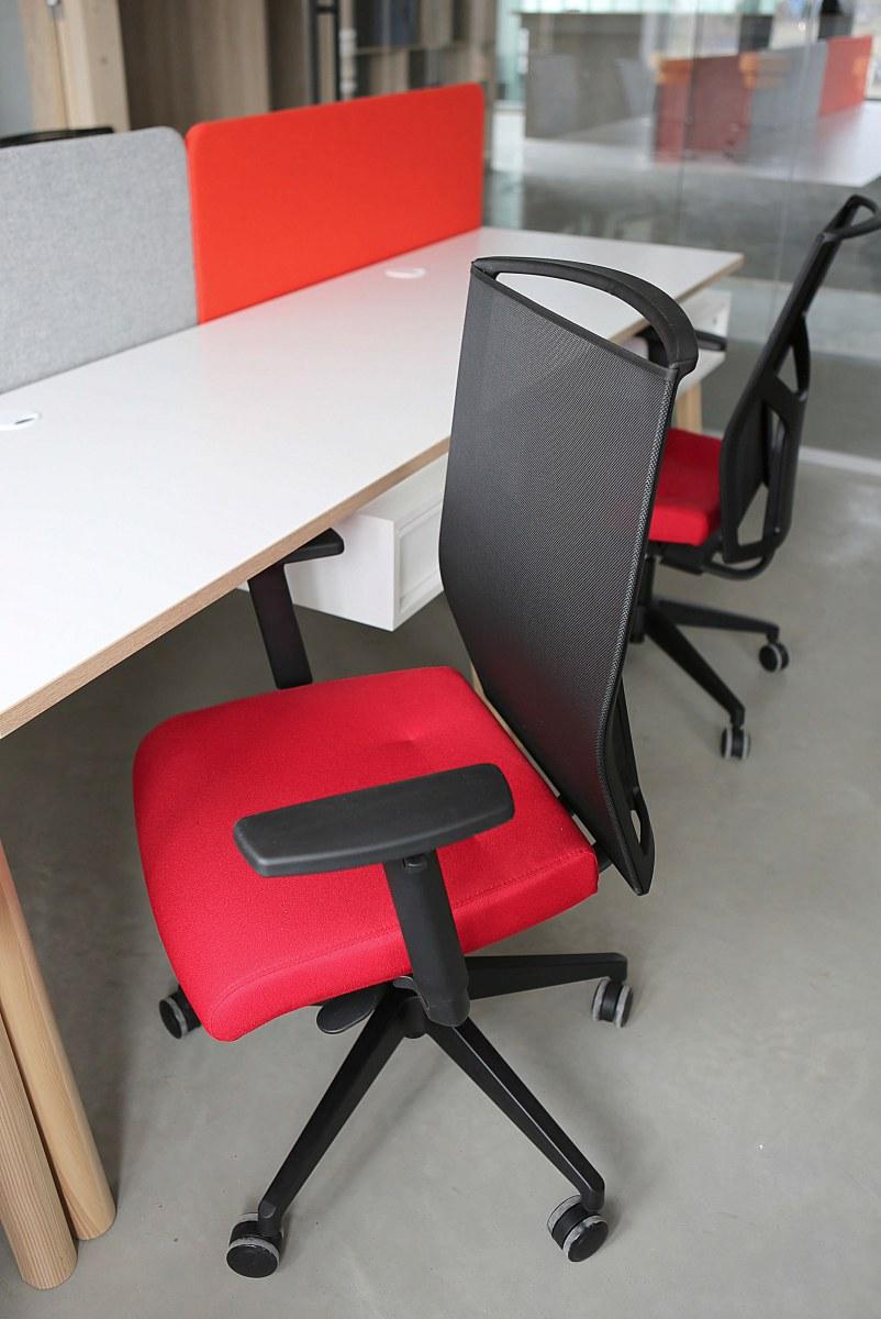 Agentúra Apple pie - stolička