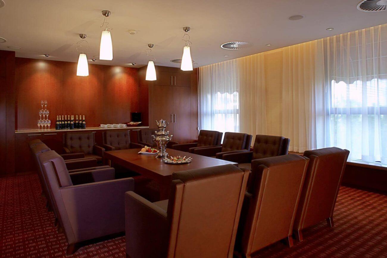 Hotely Ekoma