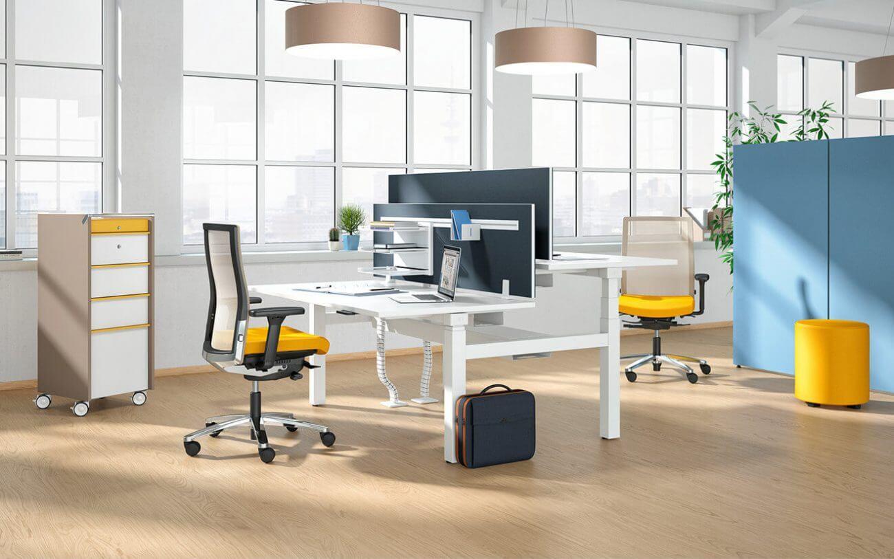 Kancelársky nábytok a stoličky Ekoma