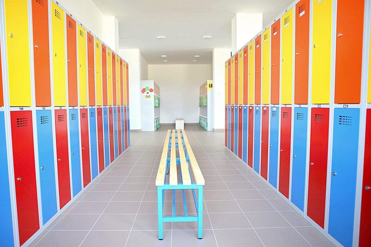 Základná škola - Chorvátsky grob - Hotelové a reštauračné interiéry Ekoma