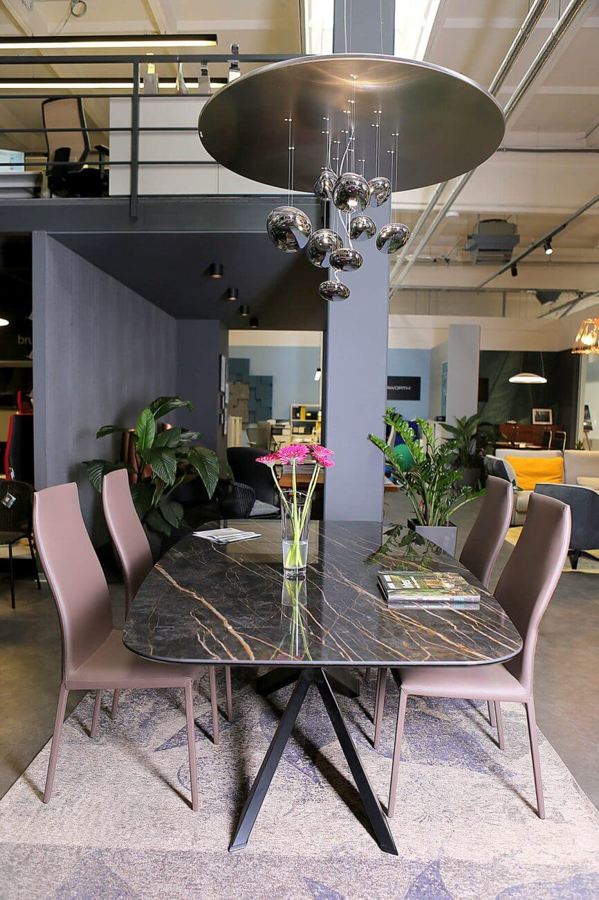 Ekoma.sk - showroom bytového a kancelárskeho nábytku