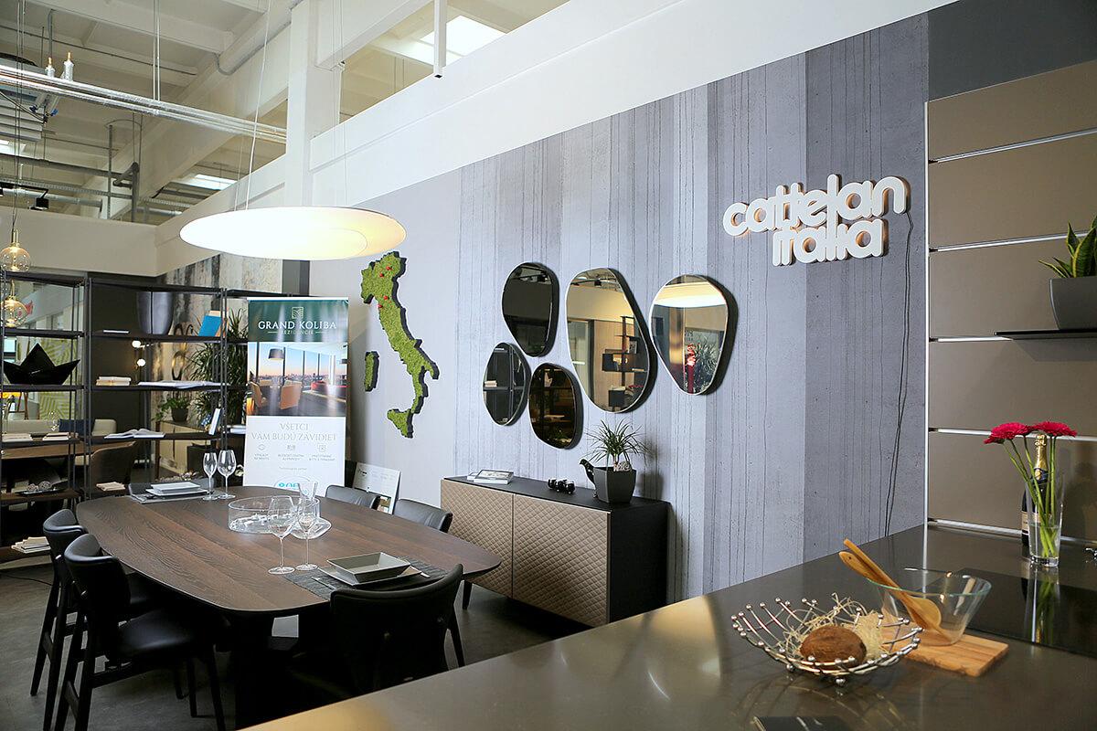 Náš showroom bytového a kancelárskeho nábytku - Ekoma