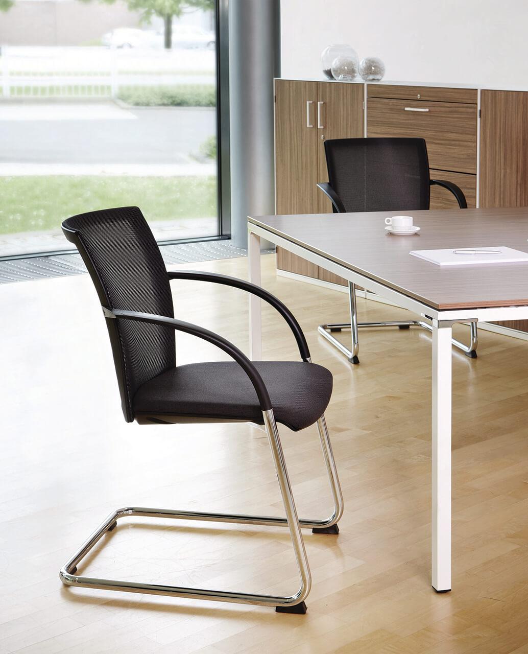 Kancelárske stoličky čierne - operatív