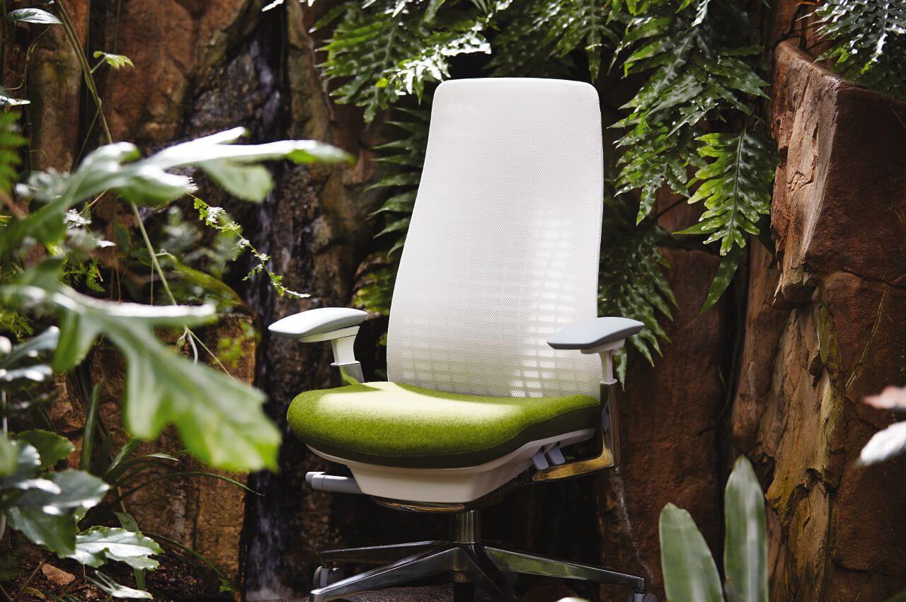 Kancelárska stolička inšpirovaná prírodou - bielo zelená