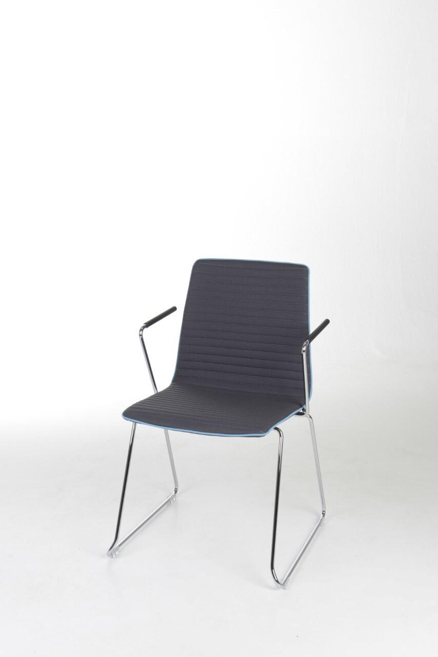 Stoličky pre hostí a kongresové sály - MOVE.ME