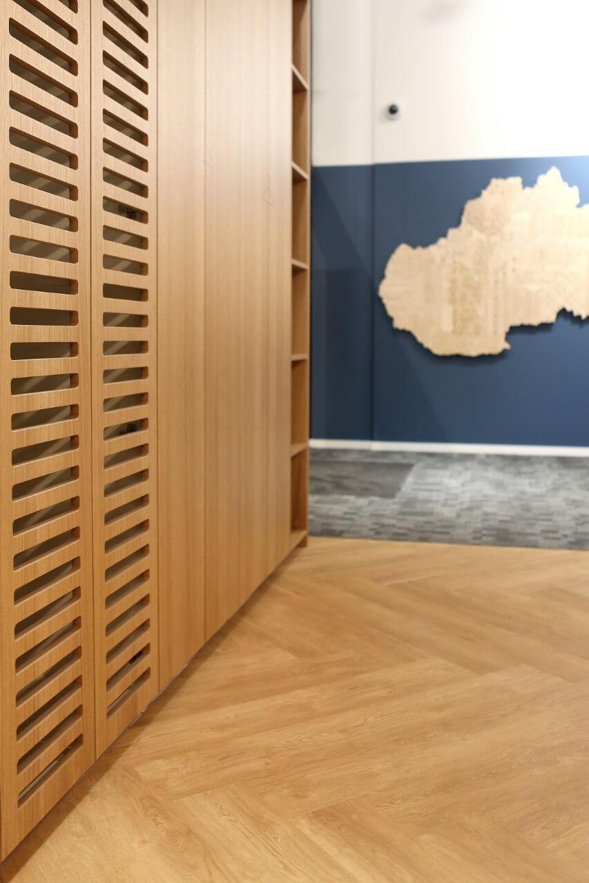 Kancelárske interiéry - Pradiaren 1900, časť 7