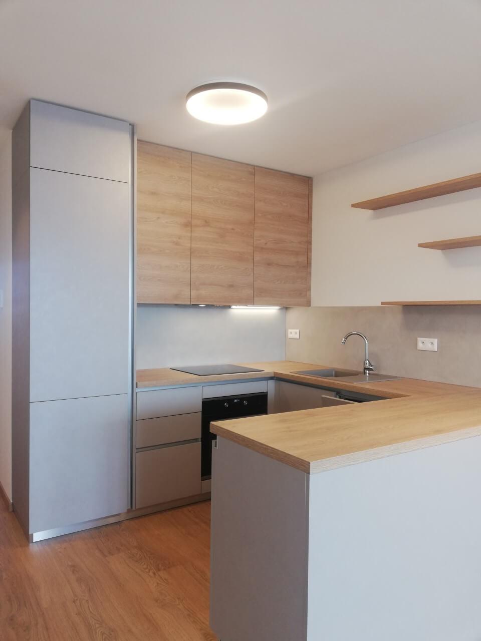 YIT SLOVAKIA, kuchyňa a šatníky byt.č7