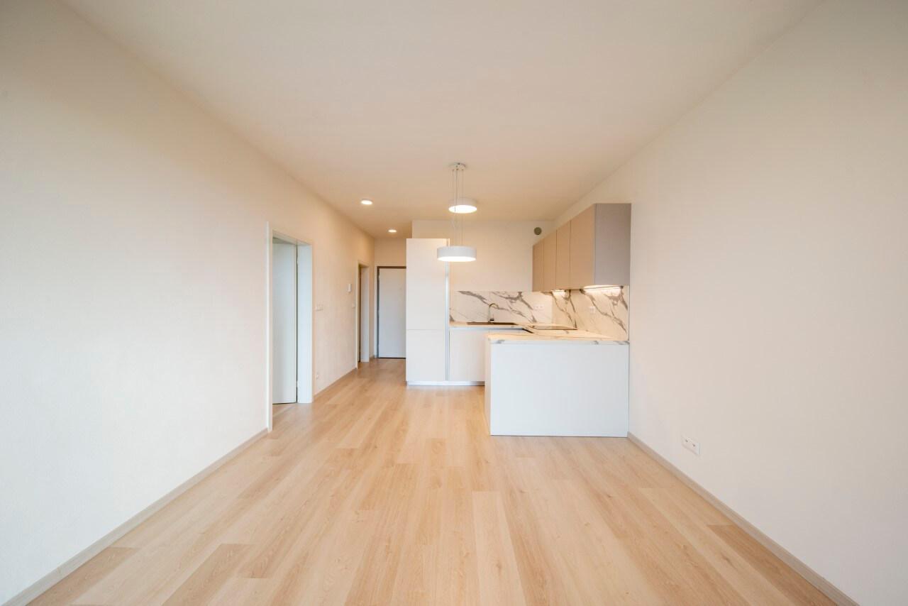 YIT SLOVAKIA byt.č2, kuchyňa a vstavané šatníky
